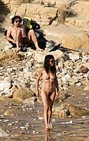 Outdoor nudist performance on cam
